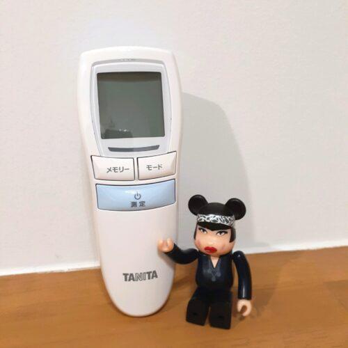 コロナ禍で検温も大事なので、タニタの体温計購入しました